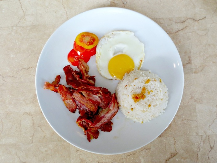 Trialaland - Kuse BGC Pinoy American Breakfast